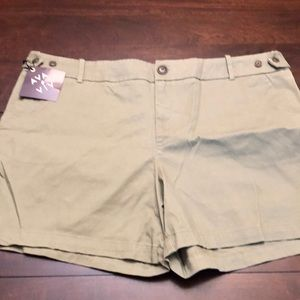 Ava & Viv green khaki shorts.  New.